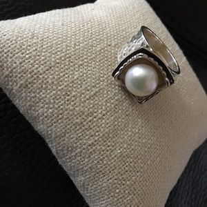 New Silpada Hammered Sterling Silver  Pearl